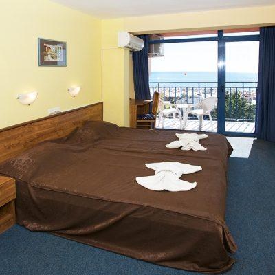 Condor_hotel_double_room2